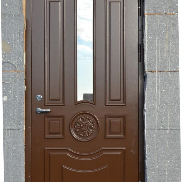 brun ytterdörr